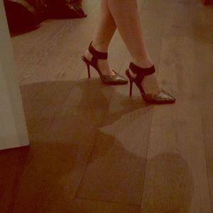 Steven Steve Madden pewter snakeskin wrap heels 7